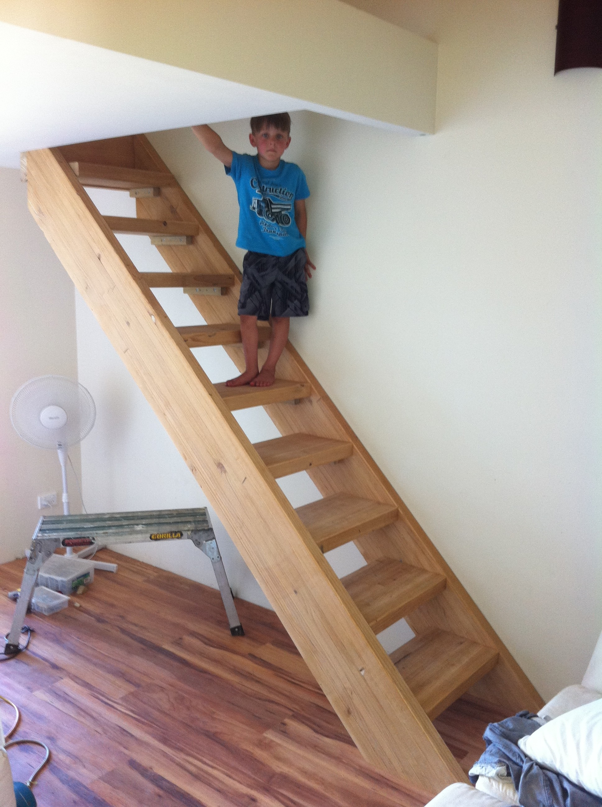 Pine timber stairs for a mezzanine floor avon building for Floor to the floor
